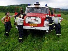 Dobrovolní hasiči z Jindřichova ve Slezsku nekrotí jenom nespoutané plameny, ale organizují kulturní život v obci.