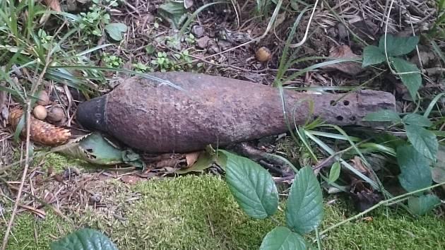 Fotografie z nálezů munice na Bruntálsku, říjen 2020..