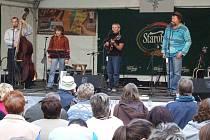 Tradičním vystupujícím na festivalu Bruntálské indiánské léto je domácí kapela La Mesta v čele s Karlem Soukopem, organizátorem celé akce.