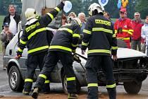 Složky záchranného integrovaného systému simulovaly srážku dvou automobilů.