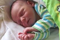 Jmenuji se DANIEL BABISZ, narodil jsem se 29. března, při narození jsem vážil 3220 gramů a měřil 48 centimetrů. Moje maminka se jmenuje Zdenka Babiszová. Bydlíme ve Frýdku-Místku.