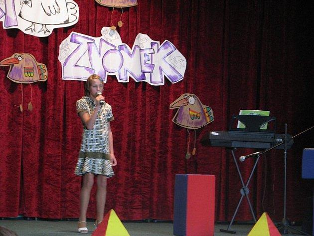 V sobotu 7. listopadu hostilo Středisko volného času Méďa soutěž pro malé zpěváky a zpěvačky s názvem Krnovský zvonek.