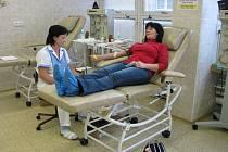 Jana Panáčová z Bruntálu darovala krev poprvé. Do odběrového střediska v Bruntále přišla spolu se sestrou.