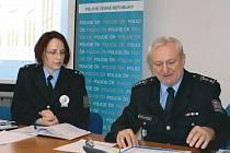 Radovan Krygel je novým okresním policejním šéfem od 1. února, a spolu s mluvčí Pavlou Jirouškovou zhodnotil kriminalitu v bruntálském okresu za uplynulý rok.