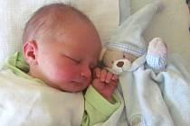 Jmenuji se MIKULÁŠ LIBERDA, narodil jsem se 20. května, při narození jsem vážil 3125 gramů a měřil 48 centimetrů. Moje maminka se jmenuje Lucie Zembová a můj tatínek se jmenuje David Liberda. Bydlíme ve Slezských Rudolticích.