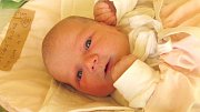 Jmenuji se ELIŠKA BALÁŽOVÁ, narodila jsem se 14. listopadu, při narození jsem vážila 3565 gramů a měřila 49 centimetrů. Moje maminka se jmenuje Kristýna Sedlářová a můj tatínek se jmenuje Jakub Baláž. Bydlíme ve Vrbně pod Pradědem.