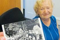Marie Měrková v roce 1974 byla vedoucí stanového pionýrského tábora v zahradě krnovského Střediska volného času SVČ Méďa. Tehdy se ještě jmenovala Rumlová a Méďa byl Dům pionýrů a mládeže.