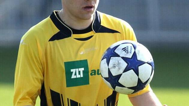 Tomáč Hudský, krnovský záložník zajistil proměněnou penaltou bod pro svůj tým.