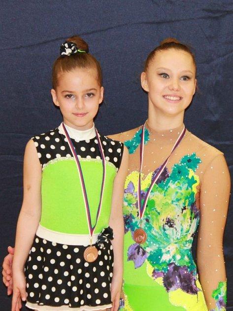 Tereza Rozprýmová (vlevo) a Marie Orságová vybojovaly bronzové medaile.