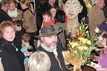 Akademický sochař Pavel Charousek se naposledy Krnovanům představil ve výstavní síni ve Steuerově vile (na snímku). Nyní si připravil výstavu také pro Flemmichovu vilu v Krnově.