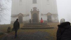 První den v novém roce v Bruntále je už osmadvacet let spojen s Novoročním výstupem na Uhlířský vrch.