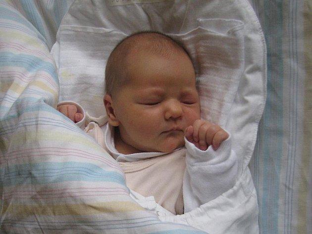 Bára Ovšáková, narozena 27.7. 2009, váha 3,7 kg, míra 51 cm, Václavov. Maminka: Marcela Matejáková, tatínek: Emil Ovšák.