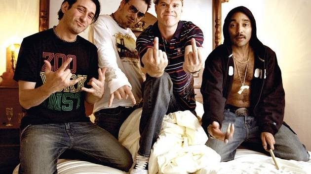 Dog Eat Dog se v neděli 4. května chystají do Krnova. Je to dobrá zpráva pro milovníky rocku, ska, punku, hip-hopu nebo crossoveru.