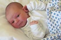 Patrik Hakszek se narodil 22.května 2012, při narození vážil 3430 gramů a měřil 51 centimetrů, maminkou se stala Veronika Knapíková a tatínkem se stal Patrik Hakszek, Krnov