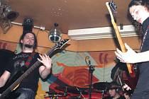 Jedním z protagonistů říjnového Prometalfestu bude kapela Neurotic Machinery z Tachova. V Bruntále vystupovala letos už jednou, v dubnu v Africa pubu.