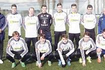 Základní jedenáctka Bruntálu, jak nastoupila v posledním utkání sezony. Hráči stále živí naději na postup z druhé příčky.