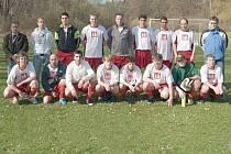 Domácí tým fotbalistů Slezských Rudoltic skončili na sportovně kulturní akci zvané Memoriál Achima Mavropulose na výborném třetím místě.