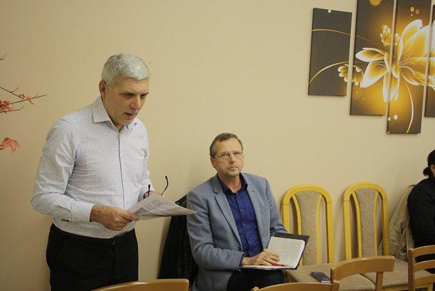Zastupitelé Nových Heřminov oslovil generální ředitel Povodí Odry Jiří Pagáč snabídkou diskuse ukulatého stolu. Obec tuto nabídku přivítala. Poprvé se sejdou vlednu.
