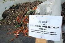 Do sběrného dvora ve Městě Albrechticích mohou obyvatelé města dovážet odpad z údržby zahrad a podzimní listí. Od příštího jara již je plánovaný pravidelný svoz tohoto odpadu, který ve zdejším areálu přetvoří na kvalitní kompost.