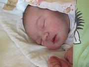Jmenuji se KLAUDIE DUBOVÁ, narodila jsem se 7. března 2018, při narození jsem vážila 3715 gramů a měřila 49 centimetrů. Moje maminka se jmenuje Lenka Dubová a můj tatínek se jmenuje Jiří Dubový. Bydlíme v Krnově.