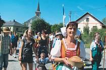 Dožínky ve Slezských Rudolticích budou s průvodem, který dojde od statku Josefa Duchoně na náměstí. Tam bude probíhat další dožínkový program.