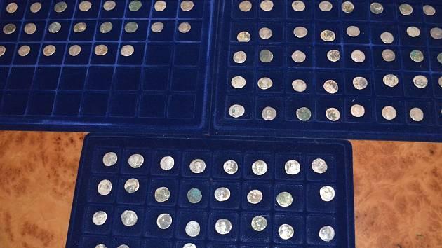 Mince, které tvoří takzvaný krnovský poklad byly poprvé vystaveny v roce 2014.