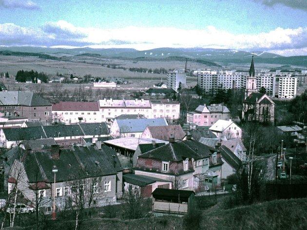 MOTLOCHOVA ULICE vBruntále před rokem 1970, jak ji zachytil bruntálský fotograf Jaroslav Chylík.