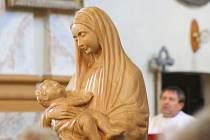 Madona z Dachau je relikvie, kterou se podařilo propašovat z krnovského kláštera do koncentračního tábora. Do Krnova se vrátila její věrná kopie.
