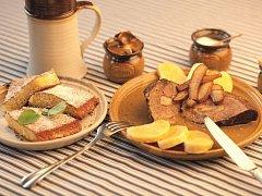 Špekovou pečeni s chlebovou omáčkou mohou ochutnat lidé v rámci gastronomického festivalu Chuť Jeseníků. O víkendu je na jídelním lístku v restauraci Hotel Slunce v Rýmařově.