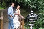 S jakými překážkami se musí vypořádat fotograf, který se rozhodl na malém městě pracovat s nahým tělem, prozradili Guber i jedna z jeho modelek třetí týden v březnu v televizním dokumentu Ta naše povaha česká.