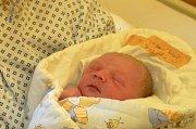 První dítě okresu Bruntál roku 2019 Matěj Tošenovský se narodil v krnovské porodnici 1. ledna 2019 v 07:23. Stal se prvním miminkem narozeným v roce 2019 v okrese Bruntál.