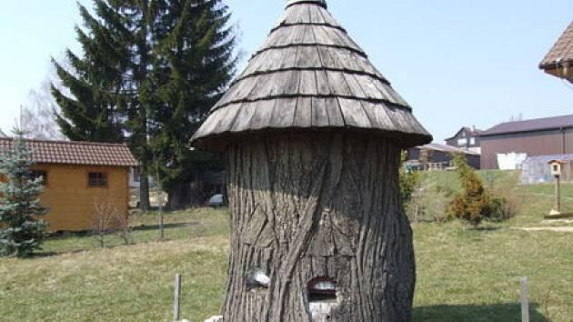 Jana Kolomého ze Starého Města u Bruntálu živí včelařství. Proto vypsal odměnu na dopadení pachatelů, kteří mu škodí.