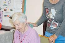 Seniorům pomáhá, když zůstanou co nejdéle aktivní, přiměřeně svým možnostem. Fosanima nabízí mimo jiné cvičení pro seniory.