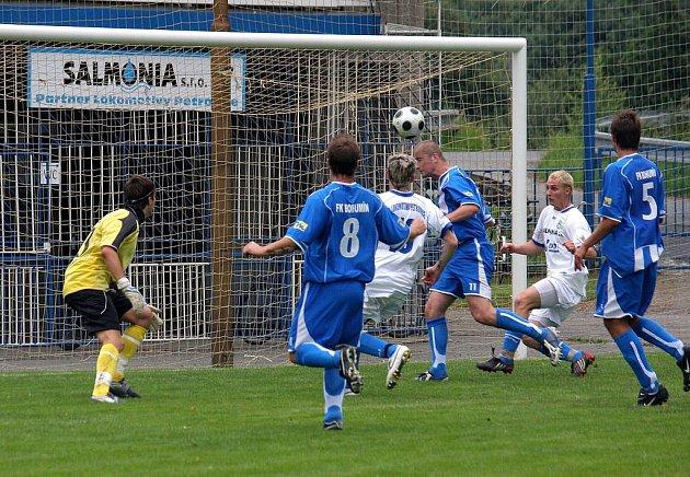 Fotbalový Memoriál Haasů vyhrála domácí Lokomotiva Petrovice.