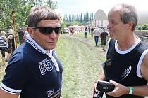 Jezdecký den ve Světlé Hoře opět poctil svou návštěvou osminásobný vítěz Velké pardubické Josef Váňa starší.