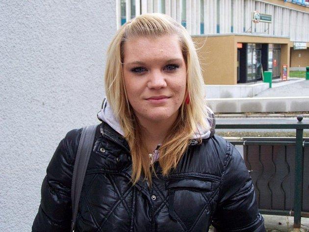Lucie Ganzová, 17 let, Lomnice: Ano, jsem. Bývala jsem dřív často nemocná, proto jsem se nechala očkovat. A myslím, že mi to hodně pomohlo.