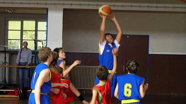 Mladí bruntálští basketbalisté.