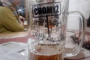 Obyvatelé Chomýže jsou hrdí na to, že nikde jinde v Krnově nezapáchá vepřín tak silně, jako právě tady.