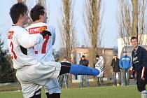 Bruntálští fotbalisté přišli na domácím trávníku o výhru až v samém závěru utkání.