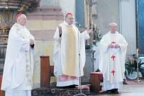 Kardinál Dominik Duka při kázání v krnovském kostele spojil téma Velikonoc se vzpomínkou na odvážné pronásledované komunistickým režimem.