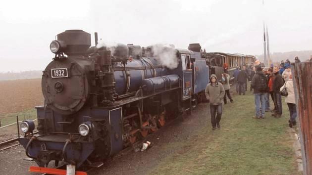 Parní vlak na Osoblažce vyráží v neděli 27. prosince na svou poslední letošní jízdu.