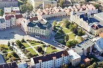 Na čtyři tisíce leteckých fotografií česko-polského příhraničí se zrodilo díky společnému projektu měst Krnov a Glubczyce.