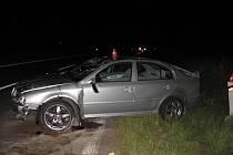 Sedmdesátitisícovou škodu si vyžádala úterní večerní nehoda nezkušeného řidiče octavie u Milotic nad Opavou.