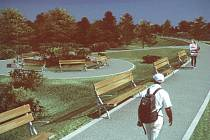 Protipovodňová opatření, která představilo Povodí Odry, počítají s vybudováním odpočinkové zóny u domů s pečovatelskou službou za Cvilínským nádražím i v parku u městských lázní.