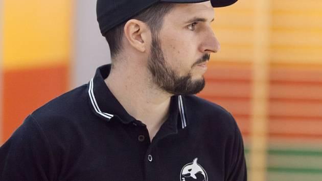 Trenér Orcy Krnov Štěpán Lhoťan.