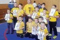 Mladí zápasníci Krnova pod vedením Zdeňka Drmoly uspěli na turnaji v Olomouci.