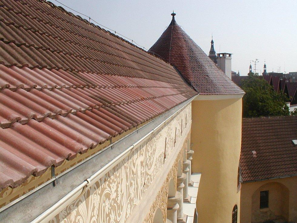 Hohenzollernové se po příchodu do Krnova rozhodli vybudovat své knížecí sídlo. Se stavbou zámku začali v roce 1531.