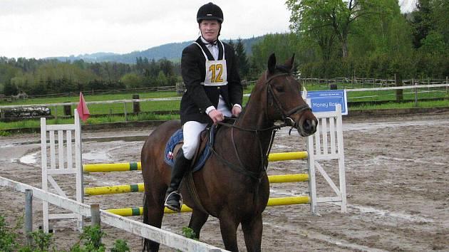 První ročník mistrovství ve všestrannosti pro děti na pony v jezdeckém areálu Amír v Rudné pod Pradědem.
