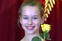 Kristýna Žandová z Taneční školy Stonožka Bruntál těsně poté, co se stala Talentem roku 2015 v Holešově.