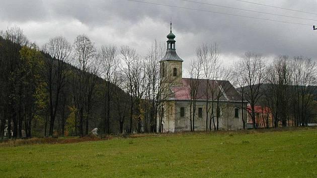 Kostel Neposkvrněného početí Panny Marie v Holčovicích.